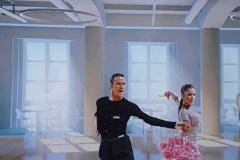 Studie-sálu-taneční-pár